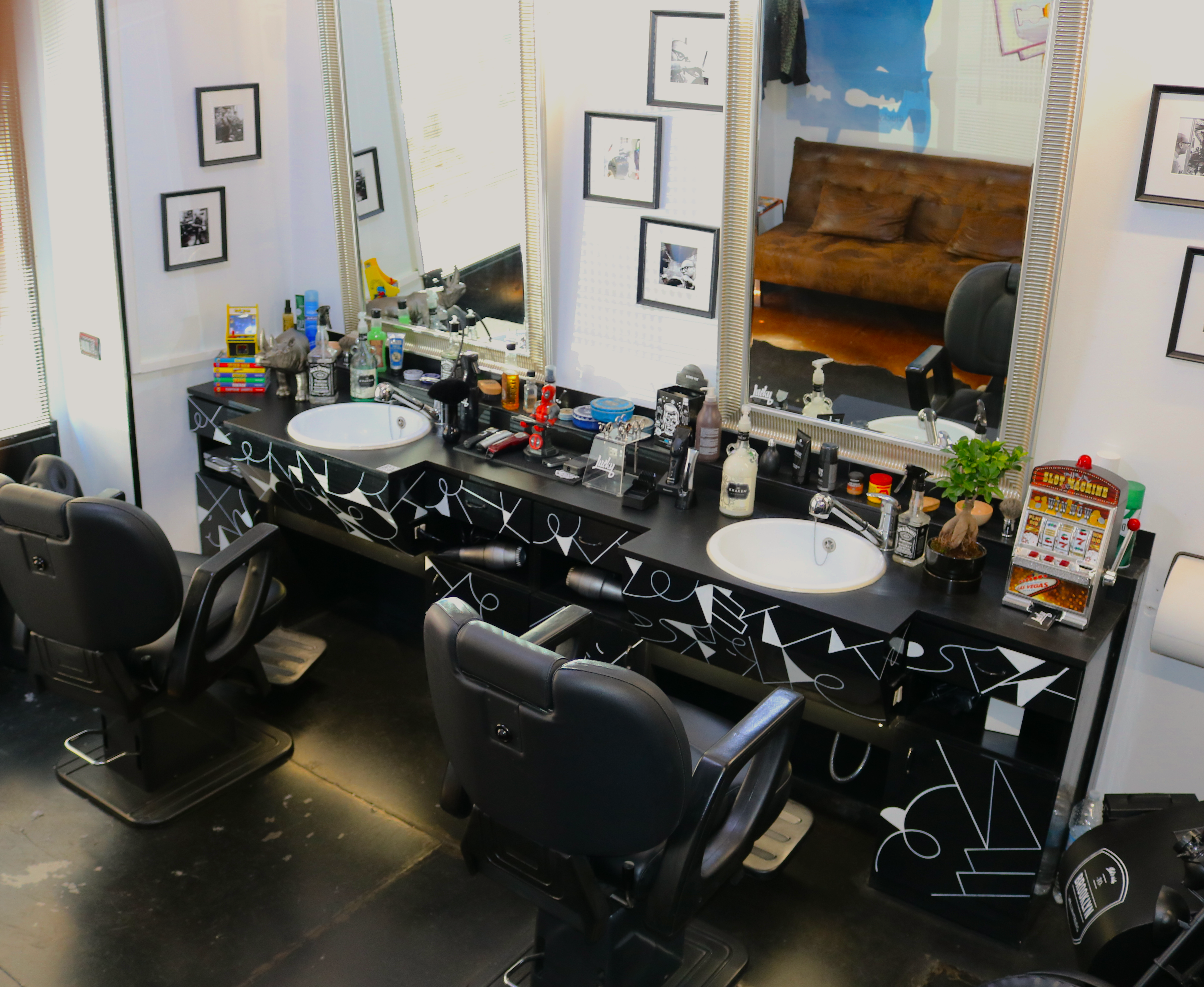 Lucky Barber Interno 6